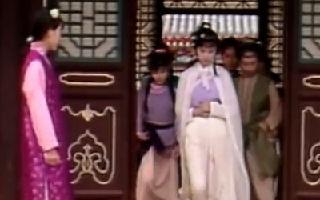 王夫人在称呼上刁难黛玉,转头贾母就用在了宝钗身上!