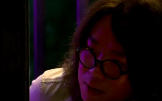 《第十一回》曝正片片段 大鹏醉酒怒砸玻璃