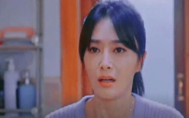 电影《我要我们在一起》定档5月20日,屈楚萧、张婧仪演绎十年爱情长跑!