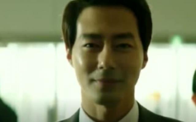 《王者》一部史诗级的韩国犯罪片,被称为政界版的华尔街之狼