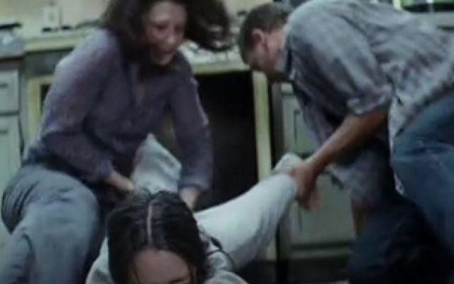 第39号案件:父母狠心把女儿关进烤箱,只因女儿身份特殊