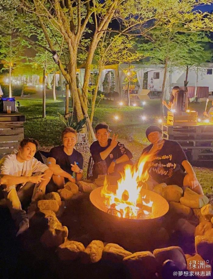 林志颖王子等与周杰伦相约露营 绿洲晒游客照