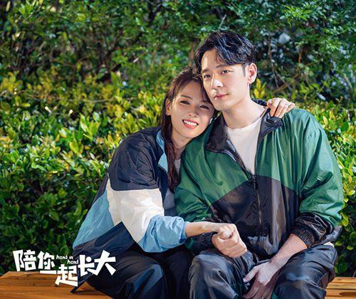 《陪你一起长大》热播 刘涛李光洁事业家庭难平衡