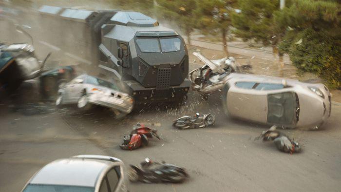 """《速度与激情9》发布""""超强实拍""""特辑 200辆车被撞毁"""