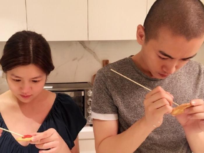 陈妍希大方为陈晓庆生,结婚五年后他俩终于不再低调,称呼甜蜜!
