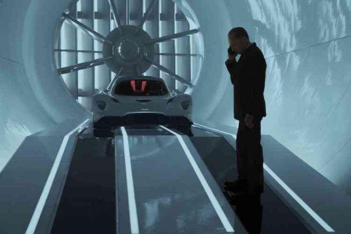 《007:无暇赴死》终极预告来袭 邦德重装归来