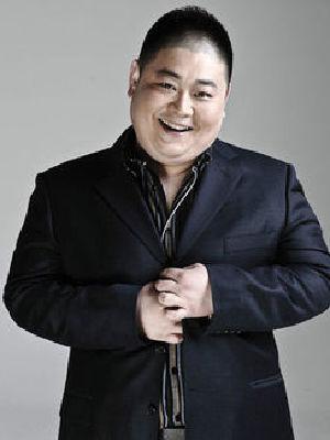 刘子恺(曾用名刘洋)