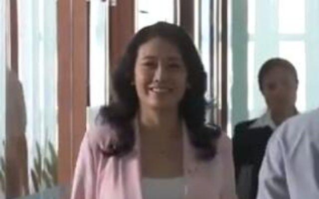 丈夫的秘密被死对头发现,夏文洁去办公室羞辱赵红